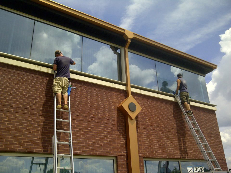dan and pete working on window cleaning