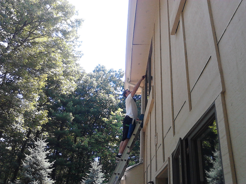 bright window cleaning in action